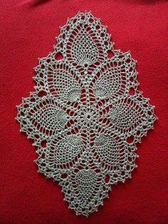 Ravelry: Pineapple Doily pattern by The Spool Cotton Company Vintage Crochet Doily Pattern, Crochet Table Runner Pattern, Free Crochet Doily Patterns, Crochet Dollies, Crochet Tablecloth, Pineapple Crochet, Holiday Crochet, Thread Crochet, Crochet Accessories