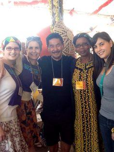 John Lee, the lovely Frontier girls and me, Beauty Ngxongo at the Santa Fair Folk Art Festival 2011  #art #craft #DIY #zulubaskets