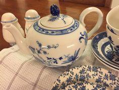 Bavaria Blue Onion Teapot