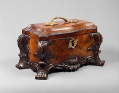 Tea chest Date: ca. 1760 Culture: British Medium: Mahogany, gilt brass  http://www.metmuseum.org/collection/the-collection-online/search/203880