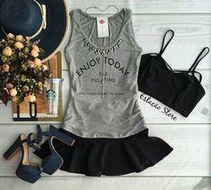 #TShirt #Top #Saia #Preto #Black #Cinza