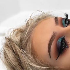 Today's inspo ✨ they are using the jaclyn hill palette #makeuplover #makeup #picoftheday #inspiration #makeupblogger #blogger #makeuptalk #jaclynhill #jaclynhillpalette #makeupgeek #jaclynhillxmorphe #morphebrushes #morphe