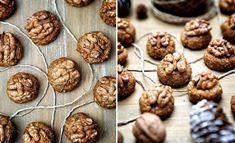 Ořechovky – bezlepkové bulharské cukroví Bulgarian Recipes, Bulgarian Food, Holiday Cookies, Cereal, Deserts, Breakfast, Cakes, Creative, Morning Coffee