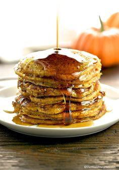 Easy! Pumpkin Pancakes Recipe | shewearsmanyhats.com