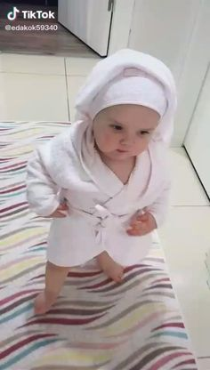 Cute Funny Baby Videos, Cute Funny Babies, Funny Kids, Cute Babies Pics, Adorable Babies, Cute Kids Pics, Cute Baby Girl Pictures, Cute Little Baby Girl, Baby Kind