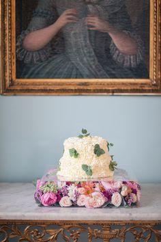 chopper, rose, mint wedding inspiration, cake, cake pops, cookies, cupcakes and flowers.  Hochzeit, Inspiration am Schloss von Hammerstein, von Lichterstaub-Fotografie. In Zusammenarbeit mit @Sonja Klein Hochzeitsfloristik, @Frieda Therés, @ESHATKLICKGEMACHT