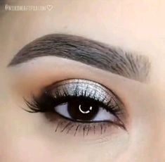 eyeliner illustration make up . Lip Makeup, Makeup Tips, Beauty Makeup, Prom Makeup, Eyebrow Makeup, Makeup Videos, Makeup Tutorials, Natural Eyelashes, False Eyelashes