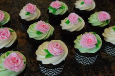 Flower Decorated Cupcakes! ORDER HERE ---> https://www.facebook.com/StefsEvents    #Wedding #Cupcakes #specialoccasion #MothersDay #Spring #Easter #Birthday #ShabbyChic #Rose #Flower #Kenosha #WI #wisconsin #IL #Illinois #NorthernIL