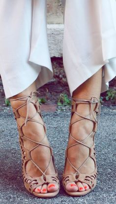 Strappy heels | shoes style