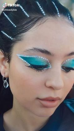 Edgy Makeup, Eye Makeup Art, Cute Makeup, Exotic Makeup, Dramatic Makeup, Makeup Eyes, Make Up Looks, Rhinestone Makeup, Make Up Designs