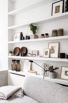 33 Nice Shelving Ideas For Your Living Room Decor - The living room should be a place for relaxing as well as housing everything from DVDs and games to books and magazines. Therefore it needs to have pl. Living Room Shelves, Shelves In Bedroom, Living Room Decor, Shelf Ideas For Living Room, Ikea Lack Shelves, Ikea Floating Shelves, Living Room Storage, Interior Ikea, Interior Design