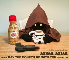 DIY Costumes – May the Fourth be with You Party Star Wars Themed Food, Star Wars Party Food, Star Wars Food, Food Themes, Party Themes, Coffee And Donuts, Star Wars Christmas, Star Wars Birthday, The Four
