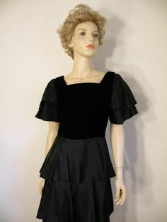Vtg 80s Retro Glam Black Ruffle Layer Tier Formal Babydoll Party Dress Sz 6 EXC #JTDress #Peplum #Formal