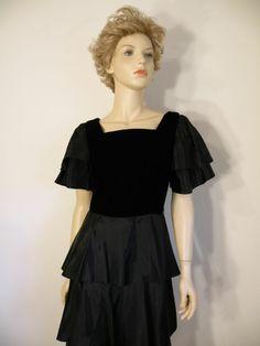 Vtg 80s Retro Glam Black Ruffle Layer Tier Formal Babydoll Party Dress Sz 6 EXC #JTDress #Peplum #Formal