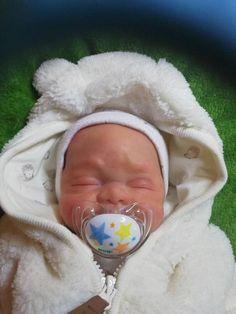 Reborn Silicone, Silicone Baby Dolls, Baby Boys, Baby Coming, Cute Babies, Bunny, Etsy Shop, Children, Baby Dolls