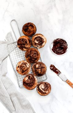 200 Most Delicious Desserts Photography – Page 38 – Shiny Inspiration Food Photography Styling, Food Styling, Pate A Muffins, Sweetly Cake, Moroccan Desserts, Nutella Muffins, Food Menu Design, Cake Blog, Cupcakes