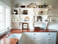 25 Fascinating Small Kitchen Wall Shelves Ideas That Look More Comfort – Decor & Gardening Ideas Open Kitchen Cabinets, Butcher Block Kitchen, Kitchen Wall Shelves, Cute Kitchen, Diy Kitchen, Kitchen Decor, Cheap Kitchen, Stylish Kitchen, Kitchen Small