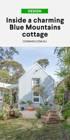Mountain Cottage, Blue Mountain, Architecture Awards, Residential Architecture, Clad Home, Two Bedroom House, Garage Exterior, Shed Homes, Small House Design