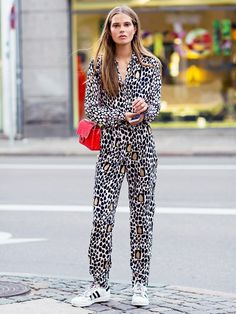 Printed jumpsuit, yes! #Inspiration #Fashiolista