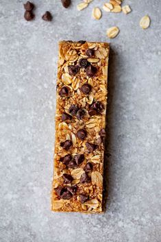 Homemade Granola Bars - 12 Ways - perfect easy, healthy on-the go gluten free snacks for school or work lunchboxes. Best of all, low carb keto options. Best Granola Bars, No Bake Granola Bars, Healthy Granola Bars, Vegan Granola, Homemade Granola Bars, Low Fat Cake, Biscuits, Dark Chocolate Recipes, Almond Butter