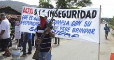 Ningún funcionario se atreve a decirlo. No hay gobierno municipal, estatal o federal que se decida a llamar a las cosas por su nombre. Pero lo que sucede en Michoacán se parece mucho a una guerra civil.