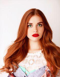 Her hair is amazing. She looks like Ariel. #jealous