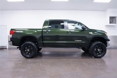 Vehicle Photo: 2013 Toyota Tundra SR5 I will own one of these one day. omgahd.