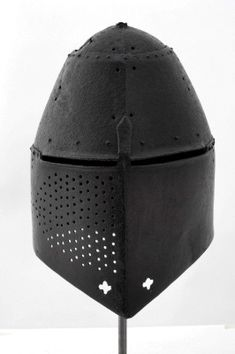Great helm. English. c. 1370 Royal Armouries.