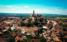śliczne miasto w czechach przy granicy z austria. Piekne widoki , ładny zamek . Zaprasyam na blog po wiecej inspiracji . Austria, Paris Skyline, Dolores Park, Blog, Travel, Viajes, Traveling, Trips, Tourism