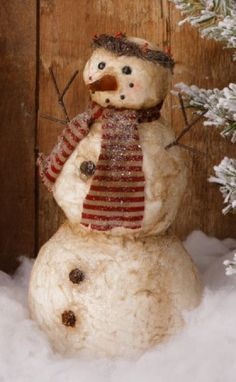 primitive Glistening standing papermached SNOW LADY w/ HALO/ nice winter decor Christmas Ornaments To Make, Christmas Love, Christmas Snowman, Christmas Decorations, Sock Snowman, Cute Snowman, Snowman Crafts, Primitive Snowmen, Primitive Christmas