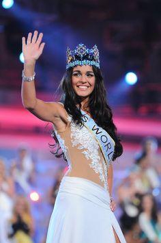 kaiane aldorino miss world 2009 Miss World 2000, Priyanka Chopra, Crown, Beauty, Fashion, Moda, Corona, Fashion Styles, Beauty Illustration