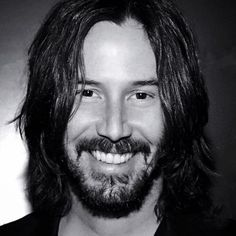 Reeves you are something to be adored babe ♥ - Picture Archive Keanu Reeves John Wick, Keanu Charles Reeves, Keanu Reeves Quotes, Keanu Reaves, Classic Films, Smile Face, Belle Photo, Gorgeous Men, Actors & Actresses