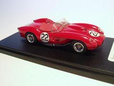 http://images.forum-auto.com/mesimages/336861/Ferrari 250 TR 1957 Le Phoenix (1).jpg