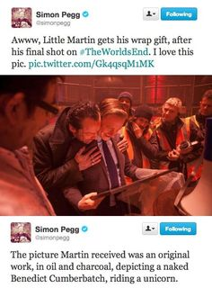 An Image of Martin Freeman's Dreams...ahahahah!!! Simon Pegg is an awesome, awesome man
