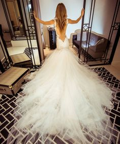Welcome to Galia Lahav's world! Official IG of the leading Haute Couture Design…