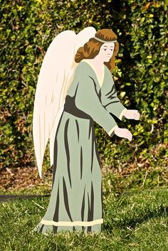 Classic Outdoor Nativity Set - Angel by Outdoor Nativity Store