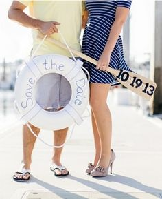 Nautical Wedding: 10 ways to Rock Your Nautical Wedding - KnotsVilla #Nauticalwedding #savethedate