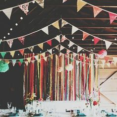Live a Colorful Life bandarines coloridos para decorar tu fiesta. #event #eventplanners #party #ubf #banderines #colorful #ambientacion #life
