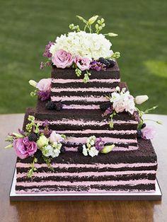 Our top ten favorite naked wedding cakes! #weddingcakes #nakedweddingcakes