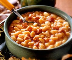 iron kettle ham and beans. Recipe from Five ingredients combine for this hearty side dish. Serve the beans over corn bread squares to make it a main dish. Ham And Beans, Ham And Bean Soup, Ham Soup, Bean Soup Recipes, Crockpot Recipes, Pork Recipes, Vegan Recipes, Cooking Recipes, Tuscan Bean Soup