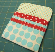 Similar wallet pattern to the Lazy Girl one I lost in one of the last two moves. Need more of these and great for gift giving.