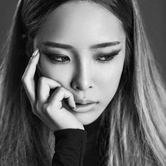 Heize (헤이즈) ❤❤ She's such a striking beauty!!