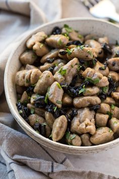 Light & tender, vegan black garlic gnocchi made from scratch & 5 delicious potato gnocchi sauce ideas. Surprisingly easy dish made with only 4 ingredients! Gnocchi Sauce, Gnocchi Dishes, Potato Gnocchi Recipe, Gnocchi Recipes, Garlic Recipes, Veggie Recipes, Pasta Recipes, Real Food Recipes, Vegetarian Recipes