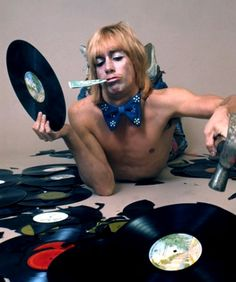 Iggy Pop....come on. How could you NOT love Iggy after seeing this picture??