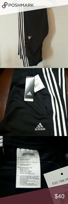 Men's athletic pants New never used with tag I bought this for my husband for him to used when he running  during winter but never used them. Feel free to ask questions price is negotiable Adidas Pants Track Pants & Joggers
