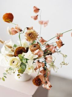 The most stunning modern, romantic & abstract wedding ideas Salt Lake City Wedding Inspiration is part of Floral arrangements wedding - Wedding Table Centerpieces, Wedding Flower Arrangements, Floral Centerpieces, Floral Arrangements, Wedding Bouquets, Wedding Decorations, Wedding Ideas, Wedding Inspiration, Wedding Tables