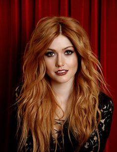 20 Short Spiky Hairstyles For Women Katherine McNamara Supports Girl Up SchoolCycle Campaign: Photo Katherine McNamara looks stunning as she flings a deck of cards in an image from a new photo shoot. Earlier this week, Shadowhunters actress attended… Katherine Mcnamara, Beautiful Red Hair, Gorgeous Redhead, Gorgeous Teen, Beautiful People, Beautiful Women, Short Spiky Hairstyles, Red Hair Woman, Redhead Girl