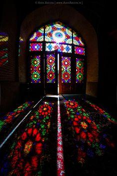 Colored Glass in ancient persian architecture Persian Architecture, Mosque Architecture, Beautiful Architecture, Beautiful Buildings, Art And Architecture, Beautiful Places, Stained Glass Art, Stained Glass Windows, Shiraz Iran