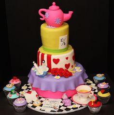Alice in Wonderland Cake by Cecy Huezo and Marina Lamb .  www.delightfulcakesbycecy.com