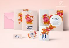 Motyw jesiennego ogrodu - papeteria ślubna // Autumn garden wedding stationery theme, pink orange blue flowers wedding invitations, intense colors color palette, inspirations http://najpiekniejsze-zaproszenia.pl/motyw_jesienny/